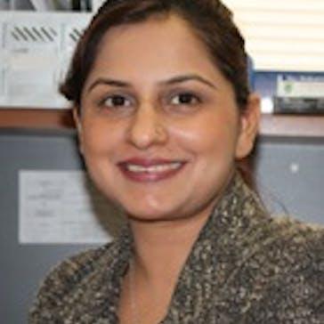 Dr Ambreen Memon Photo