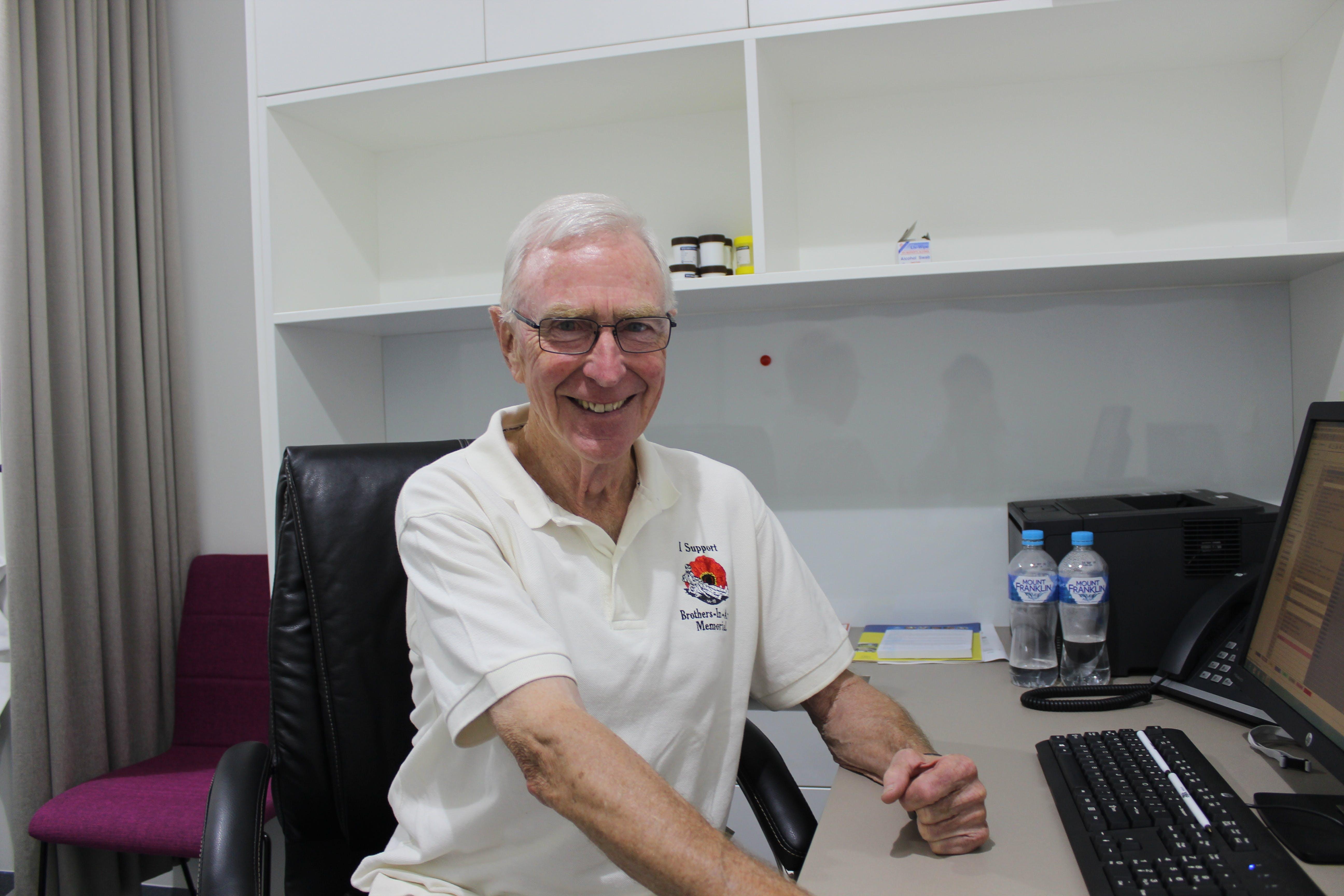 Photo of Dr Frank Graham