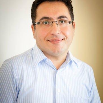 Dr Arash Khezer Photo