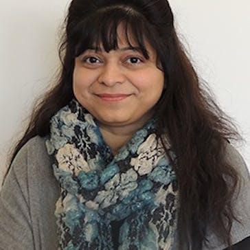 Dr Bina Mangi Photo