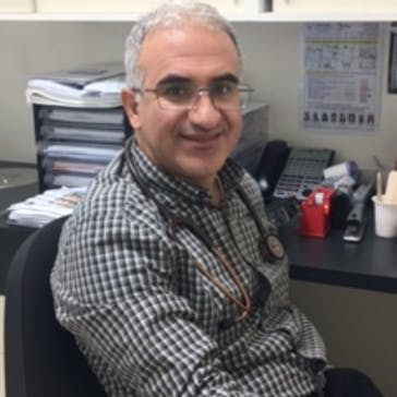 Dr Ebrahim Hosseini Photo