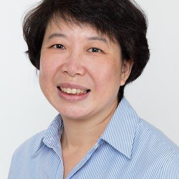 Dr Lily L Photo