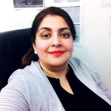 Dr Nadia Iftikhar Photo