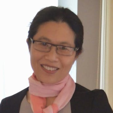 Dr Lucy Hu Photo