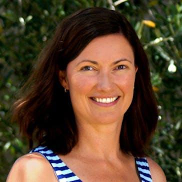 Ms Elyse Graham Photo