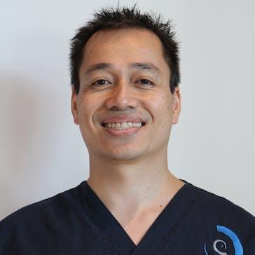 Dr Nathan Phan Photo