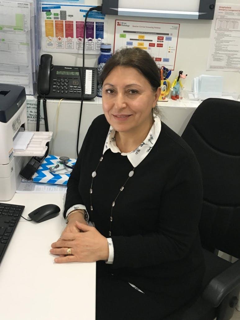 Photo of Dr Alisha Selleck