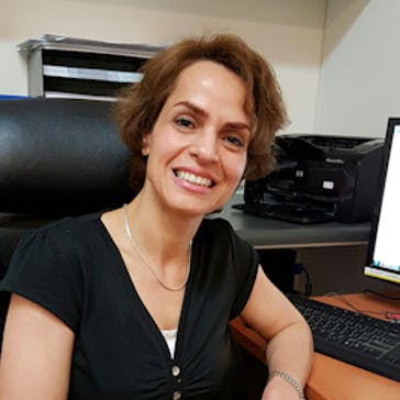 Dr Mina Eslami Photo