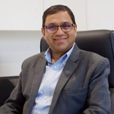 Dr Rajnish Garg Photo