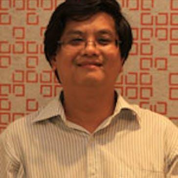Dr Van Mai Photo