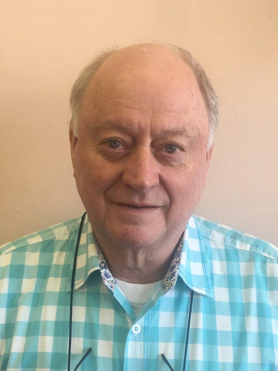 Photo of Dr Ross Tilbury