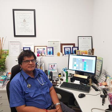 Dr Sathiyapal  Kulanayagam Photo
