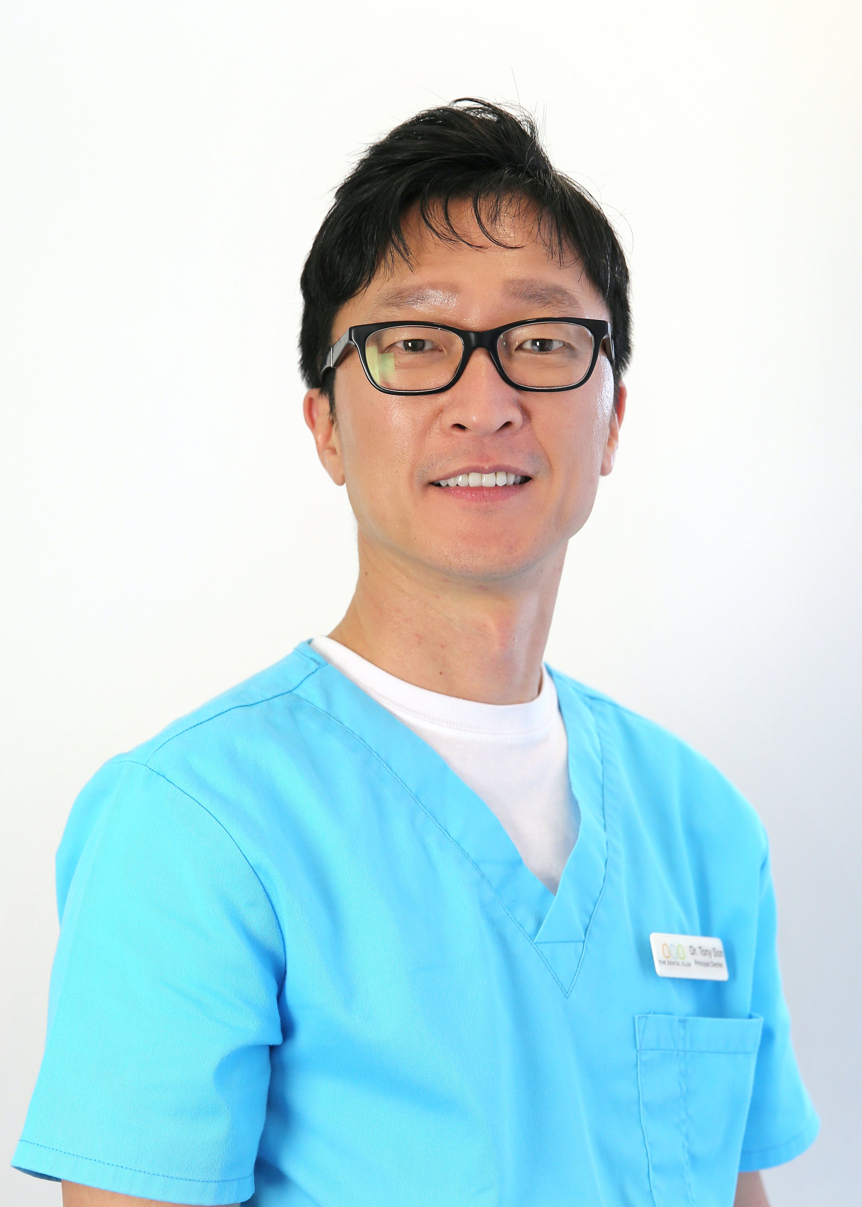Photo of Dr Tony Son