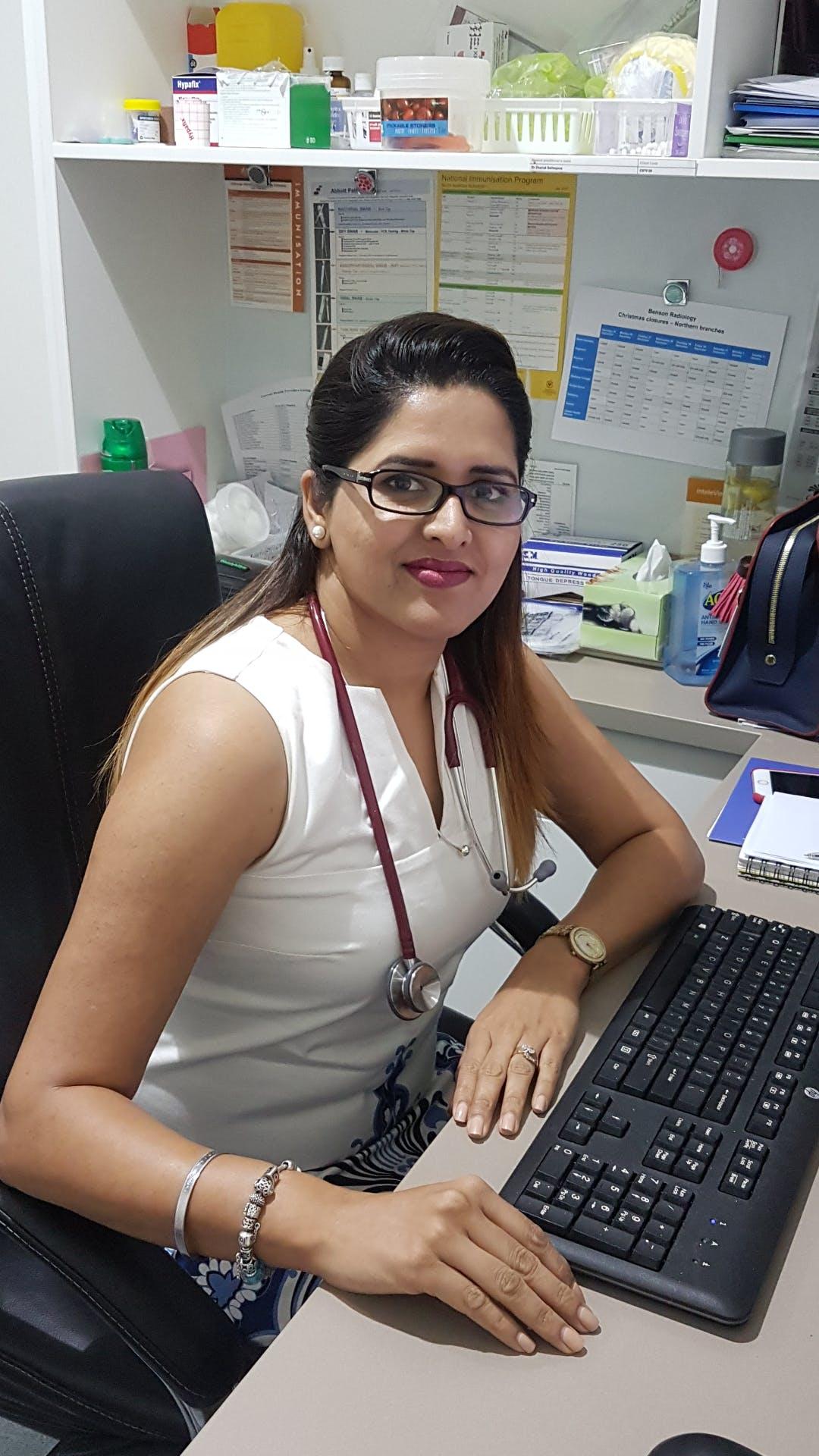 Photo of Dr Amandeep Bhinder