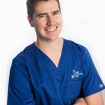 Dr Luke Scott Photo