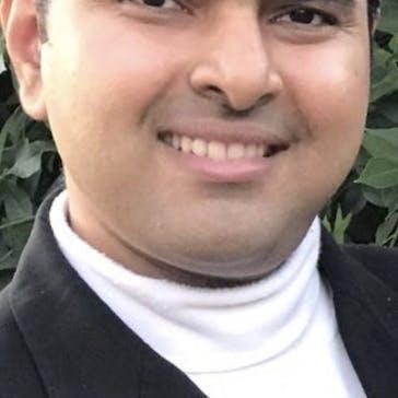 Dr Pranav Dixit Photo