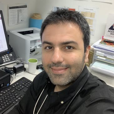 Dr Fred Fotouhi Photo