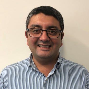 Dr Saeed Khan Photo