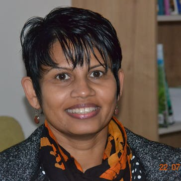 Dr Menuwanthi (Upa) Dissanayake Photo