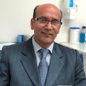 Dr Hamid Hosseini Photo