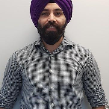 Dr Puneet Pandher Photo