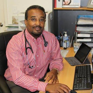 Dr Aweys Omar Photo