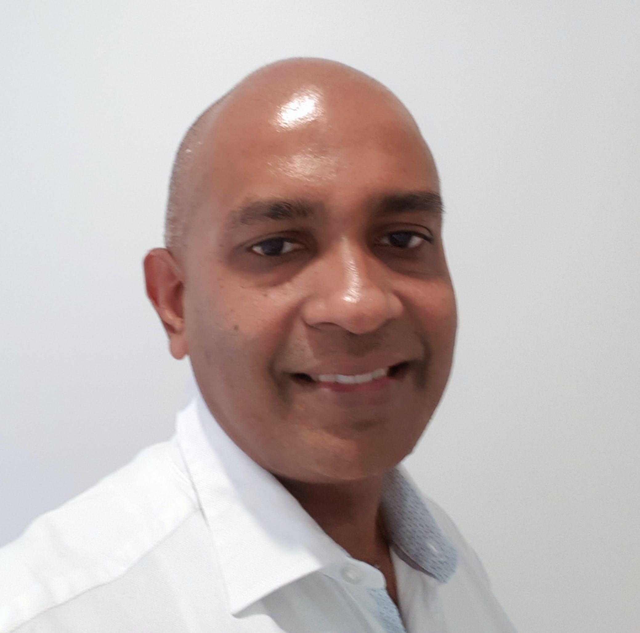 Photo of Dr Ravindra Abeyawardana