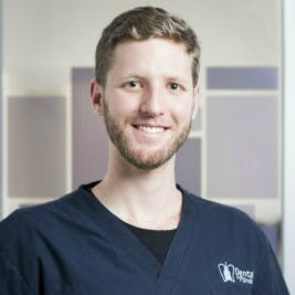 Photo of Dr  Casey Walsh