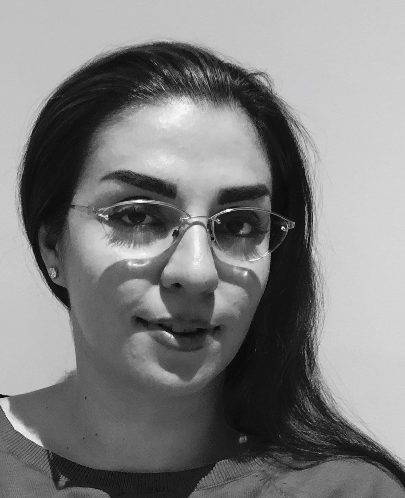 Photo of Dr Anahita Sepahrad