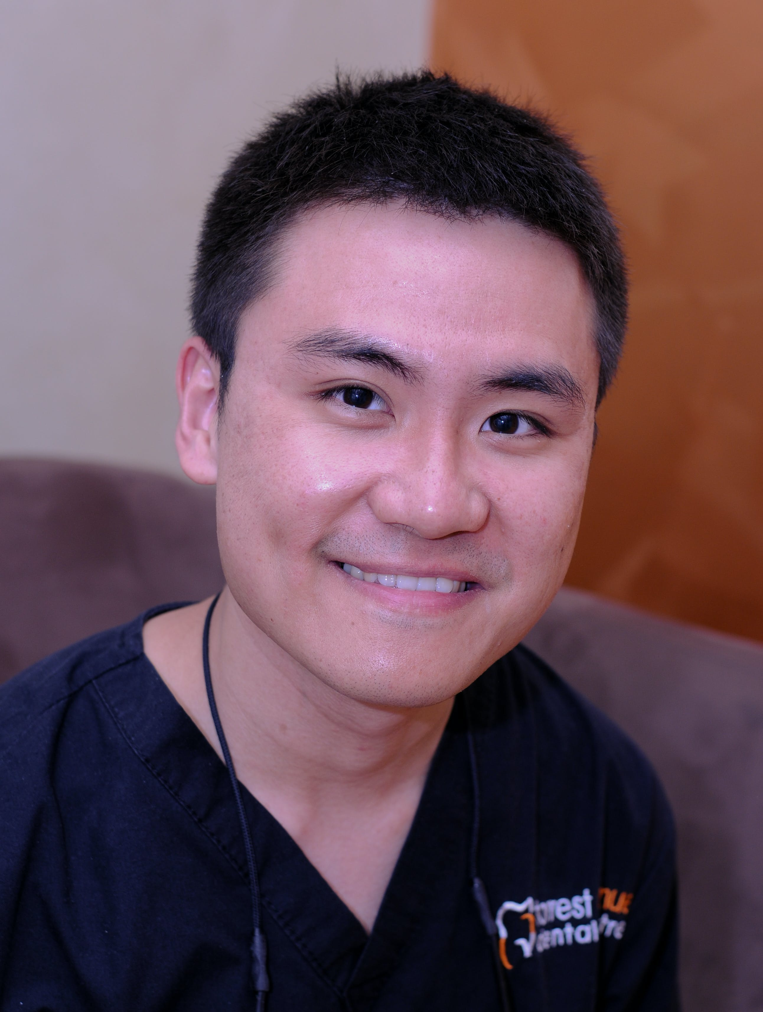 Photo of Dr Charles Sun