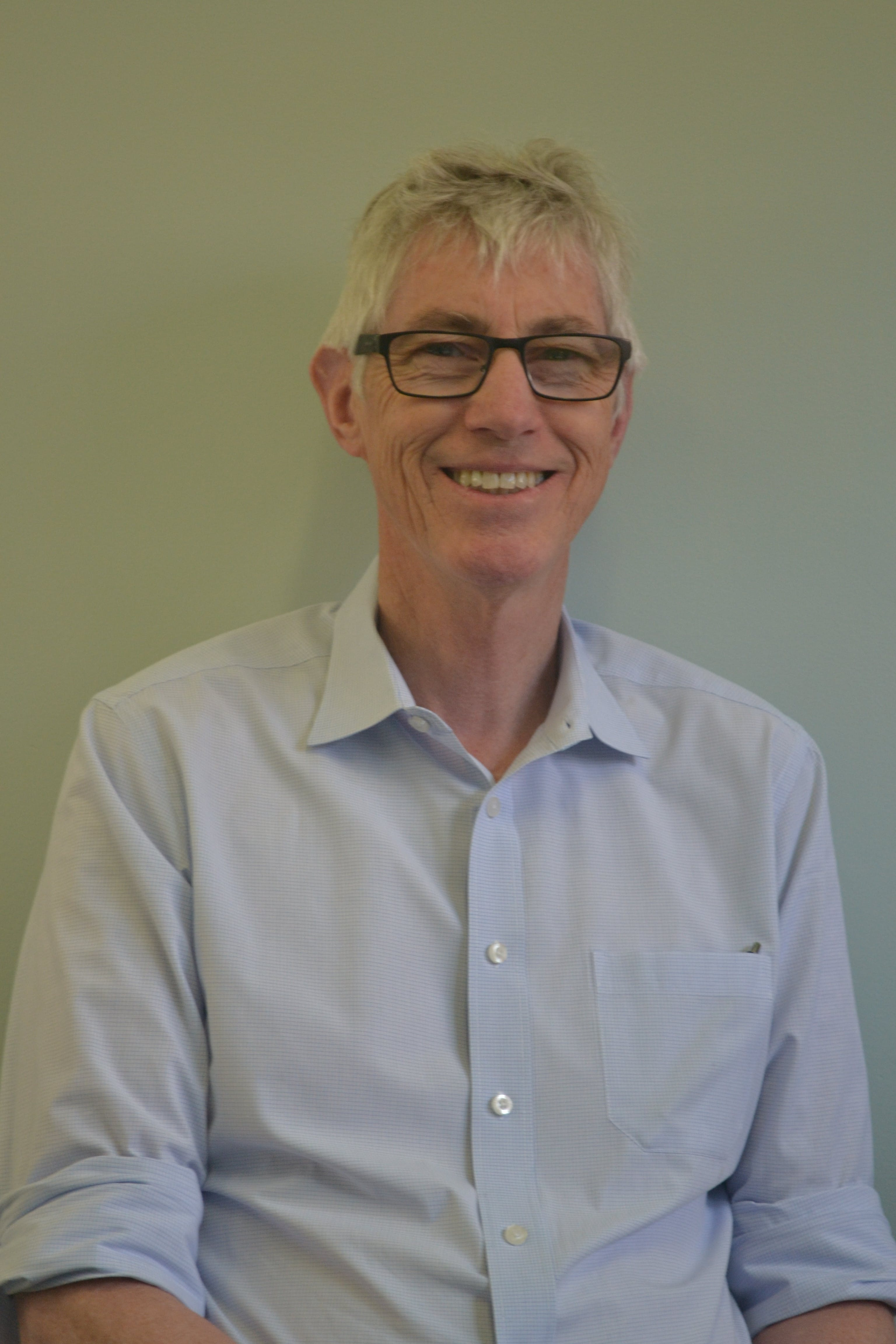 Photo of Dr Brian Sainsbury
