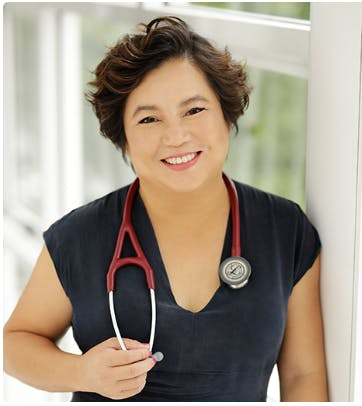 Photo of Dr Holly Zhou