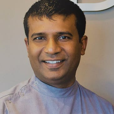 Dr Dumi Medagoda Photo