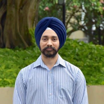 Dr Tarunveer Bakshi Photo