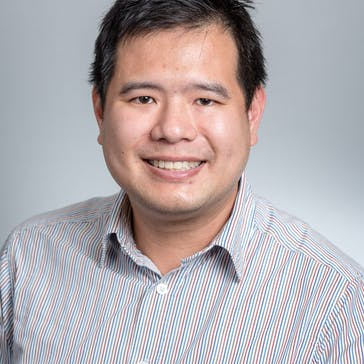 Dr Derek Loh Photo