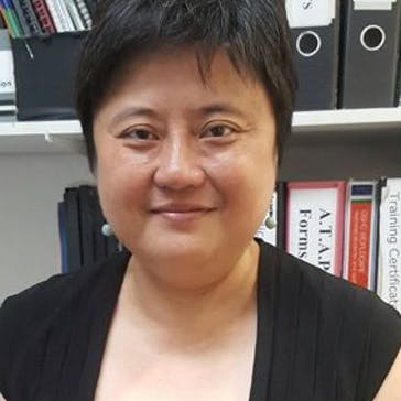 Dr Elizabeth Hu Photo