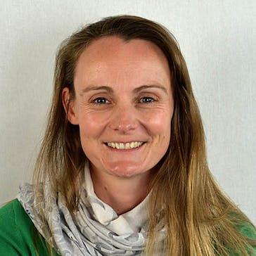 Dr Suzanne Bicker Photo