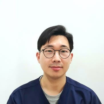 Dr Jae Young  AHN Photo