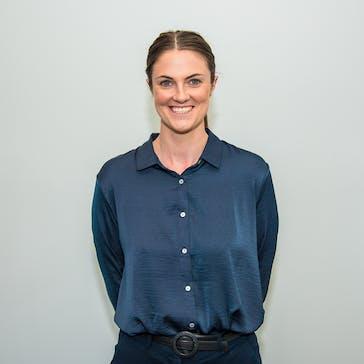 Dr Phoebe Henry Photo