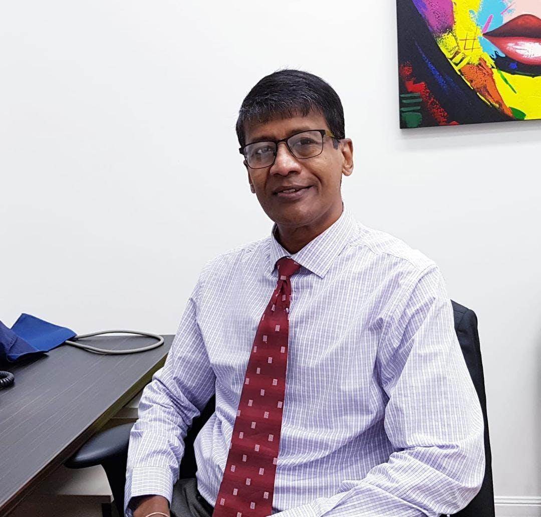 Photo of Dr Sanjeewa Wanninayake