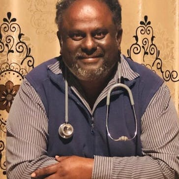 Dr Veera Veeraputhran Photo