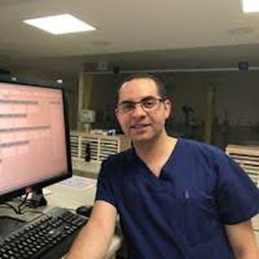 Dr IBRAHIM ELMEZAYEN Photo