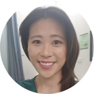 Dr Debbie Van Photo