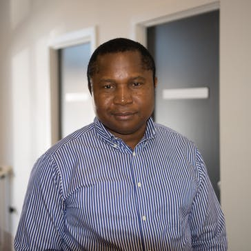 Dr Simon Onyeizugbo Photo