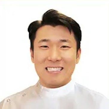 Dr Han  Kim Photo