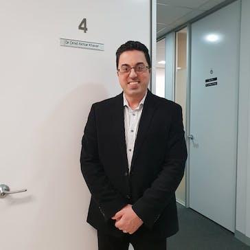 Dr Omid  Akhtar Khavari Photo