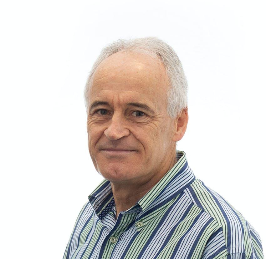 Photo of Dr Geoff Catton