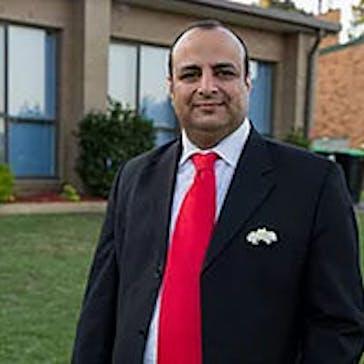 Dr Hany Saman Photo