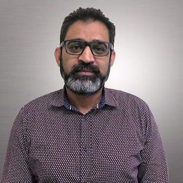 Dr Zeeshan Siddiqui Photo