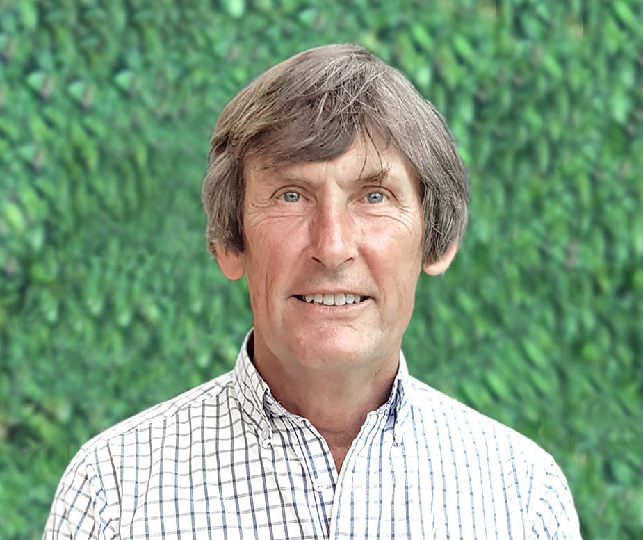 Photo of Prof Russell Hawkins